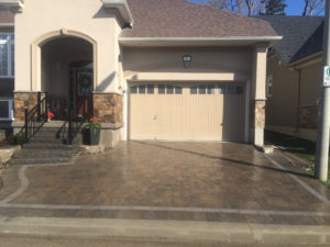 Lockside Living - Interlock driveway