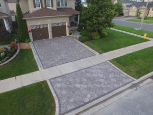 Thornbury Oak Brown driveway